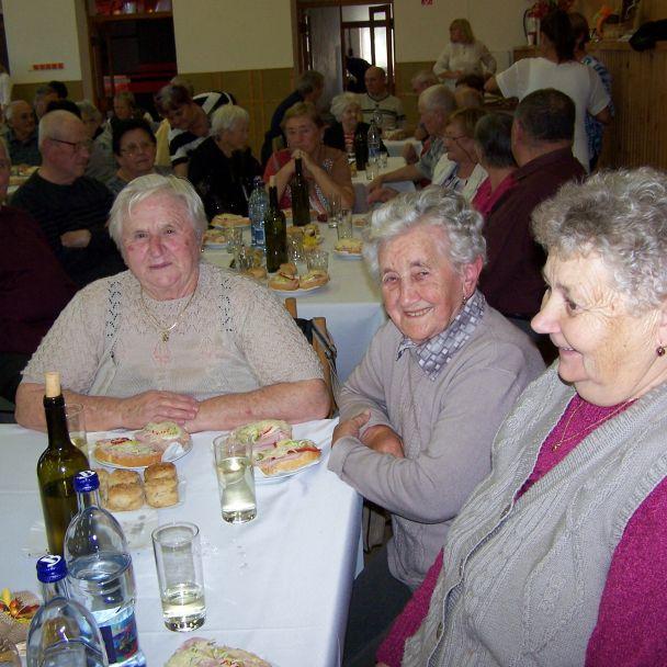Posedenie so seniormi 2019